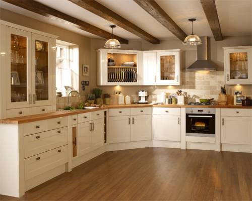 Whitford group kitchens for bromsgrove worcester for Kitchen ideas cream cabinets